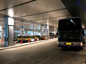 3階 バス・タクシープール