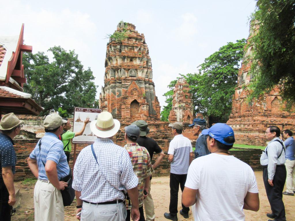 煉瓦積みの寺院