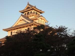 ホテル近くの長浜城