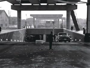 営業開始直後の汐留駐車場の出入り口